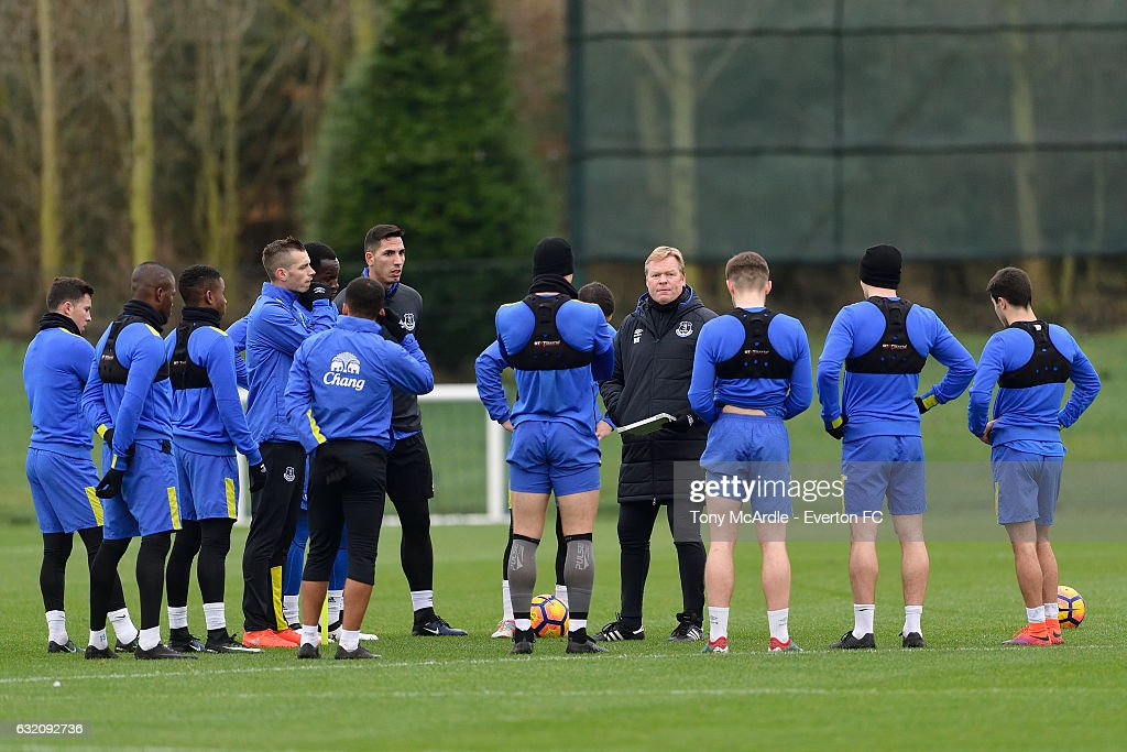 Ronald Koeman speaks to his players during the Everton FC training session at USM Finch Farm on January 19, 2017 in Halewood, England.