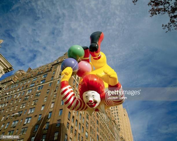 ronald macdonald balloon - mcdonald's stock pictures, royalty-free photos & images