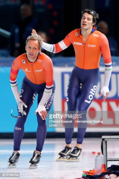 Ronald Mulder of the Netherlands celebrates his victory against Hein Otters peer of the Netherlands in the second men 500m Division A race during Day...