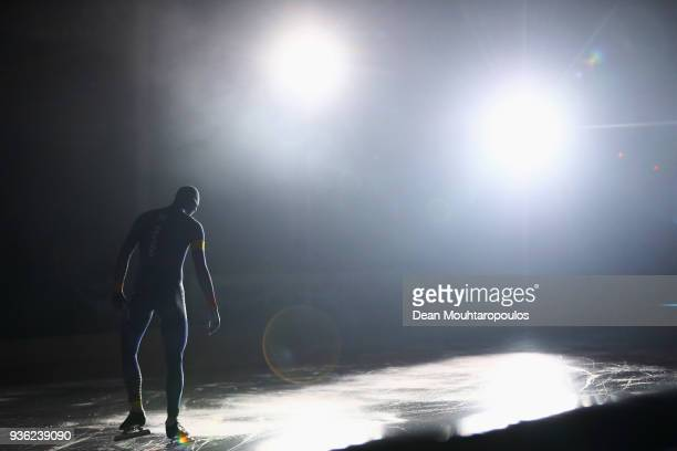 Ronald Mulder of the Netherlands gets ready to compete during De Zilveren Bal or Silver Ball held in the Elfstedenhal on March 21 2018 in Leeuwarden...