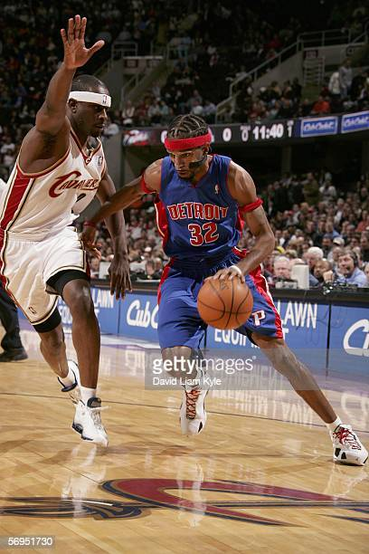 Ronald Murray of the Cleveland Cavaliers keeps between the basket and Richard Hamilton of the Detroit Pistons on February 27 2006 at The Quicken...