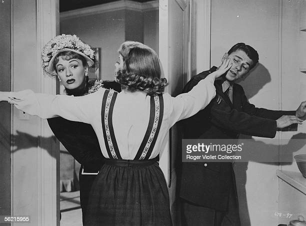 """Ronald Reagan and Eleanor Parker in the film """"The Voice of the turtle"""" of Irving Rapper. USA, 1947."""
