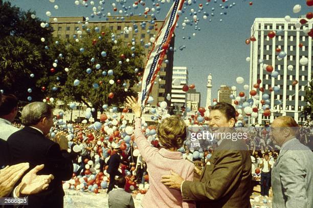 Ronald Reagan and his wife Nancy with Senator Strom Thurmond to their right during the Presidential campaign