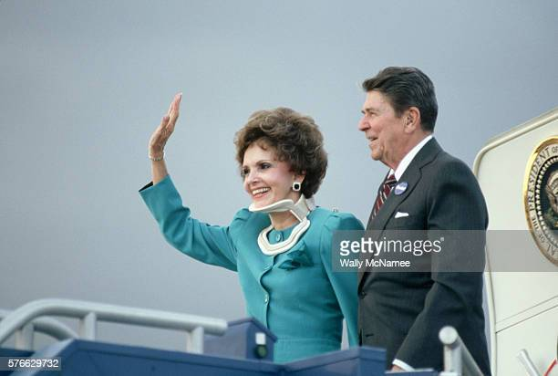Ronald Reagan and Senator Paula Hawkins
