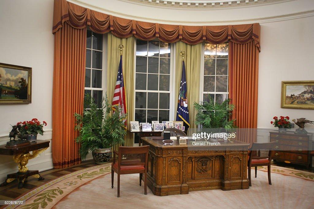 reagan oval office. Ronald Reagan Library, Oval Office : Stock Photo I