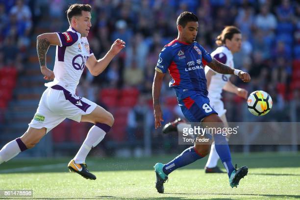 Ronald Vargas of the Jets controls the ball during the round two ALeague match between the Newcastle Jets and the Perth Glory at McDonald Jones...
