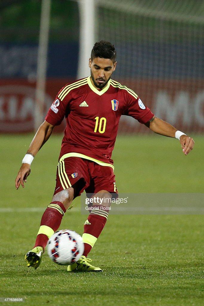 Peru v Venezuela: Group C - 2015 Copa America Chile : News Photo