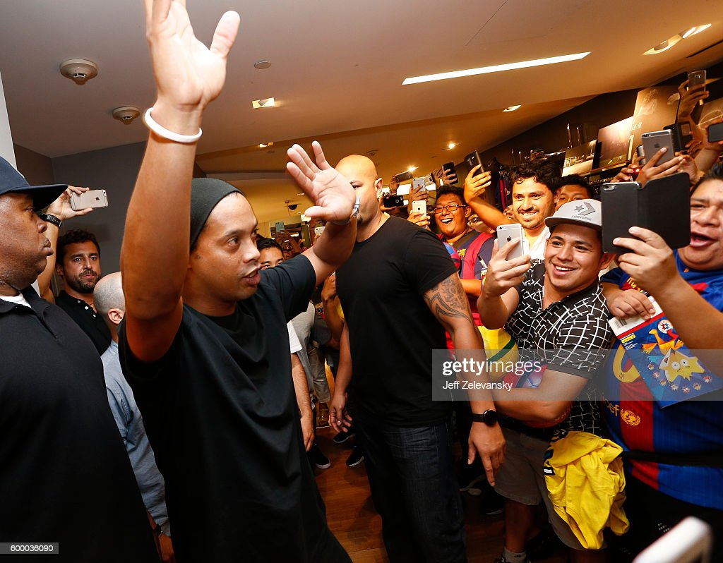 Ronaldhino greets FC Barcelona fans at Niketown to celebrate the Club's arrival to New York on September 7, 2016 in New York City.