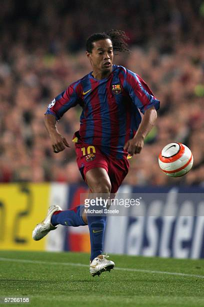 Ronaldhino of Barcelona during the Champions League Quarter Final second leg match between Barcelona and Benfica at Camp Nou on April 5 2006 in...