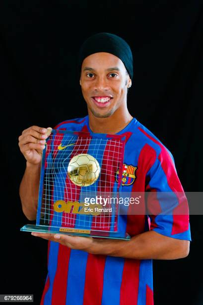 """Ronaldinho during the photoshoot after receive the trophy """" Onze d'Or """" from the french magazine Onze in Barcelona, Spain on 8th November 2005"""