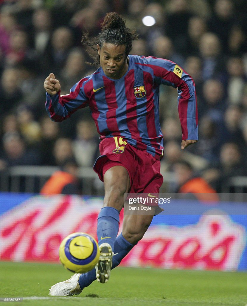 Ronaldinho of Barcelona scores a goal against Real Madrid during a Primera Liga match between Real Madrid and F.C. Barcelona at the Bernabeu on November 19, 2005 in Madrid, Spain.