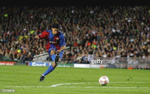 Ronaldinho of Barcelona scores from a freekick during the UEFA Champions League Group A match between Barcelona and Werder Bremen at the Nou Camp on...