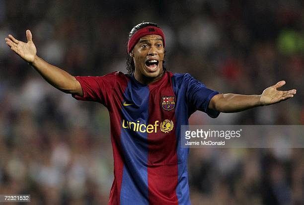 Ronaldinho of Barcelona shouts for hand ball during the UEFA Champions League Group match between Barcelona and Chelsea at the Nou Camp on October 31...
