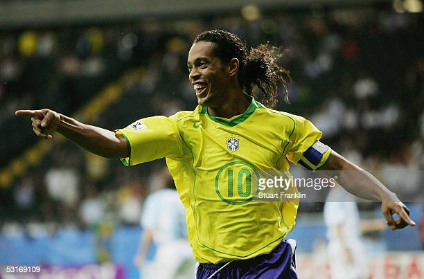 World S Best Ronaldinho Stock Pictures Photos And Images
