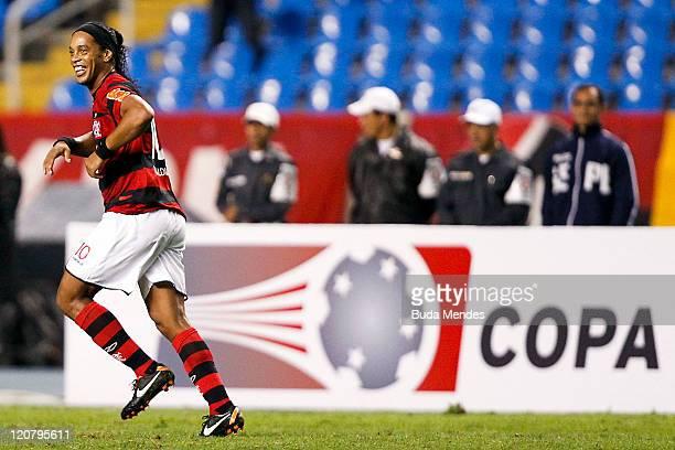 Ronaldinho of Flamengo celebrates scored goal againist during a match as part of Copa Bridgestone Sudamericana 2011 at Engenhao stadium on August 10,...