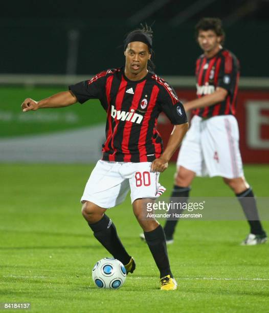 Ronaldinho of Milan runs with the ball during the Dubai Football Challenge match between AC Milan and Hamburger SV at the Emirates Sevens Stadium on...