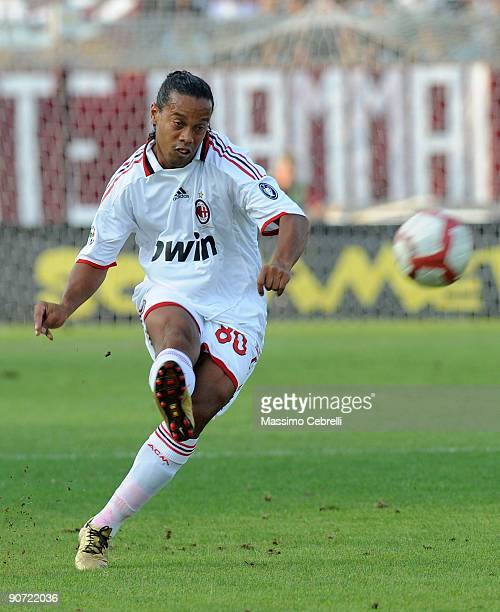 Ronaldinho Ronaldo de Assis Moreira of AC Milan in action during the Serie A match bewtween AS Livorno and AC Milan at Stadio Armando Picchi on...
