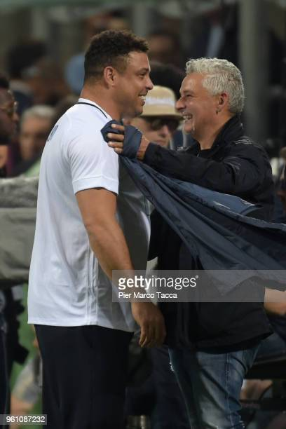 Ronaldo and Roberto Baggio attend the Andrea Pirlo Farewell Match at Stadio Giuseppe Meazza on May 21 2018 in Milan Italy