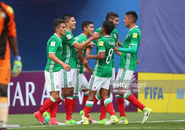 Ronaldo Cisneros of Mexico celebrates with team mates after scoring the second goal during the FIFA U20 World Cup Korea Republic 2017 group B match...