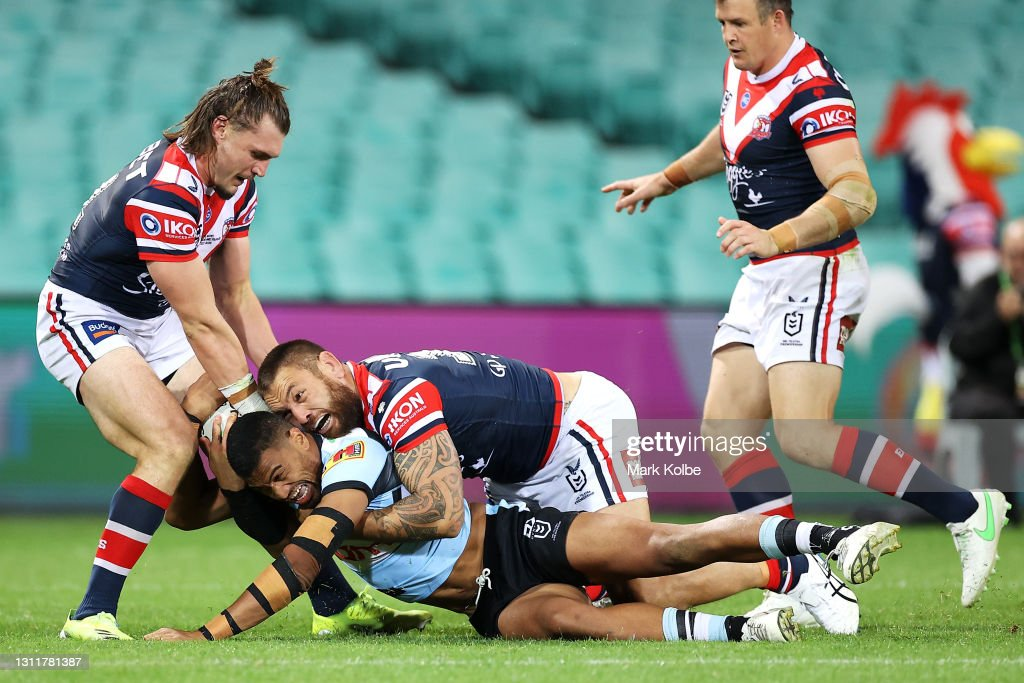 NRL Rd 5 - Roosters v Sharks : News Photo