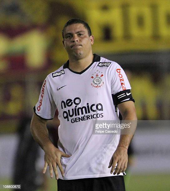 53ff3db846124 Ronaldo of Corinthias reacts during the match against Tolima as part of the  Santander Libertadores Cup