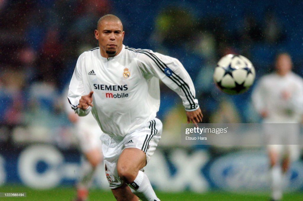 Real Madrid v Porto - UEFA Champions League Group F : News Photo