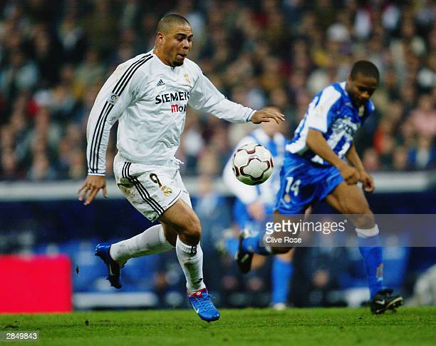 Ronaldo of Real Madrid running with the ball during the Primera Liga match between Real Madrid and Deportivo La Coruna on December 14 2003 at the...