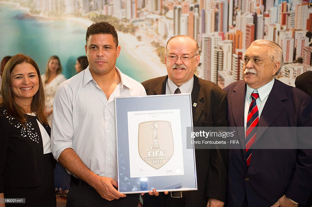 Ronaldo poses with Fortaleza authorities and World Cup Organizers during the 2014 FIFA World Cup Host City Tour on January 27, 2013 in Fortaleza, State of Ceara, Brazil.