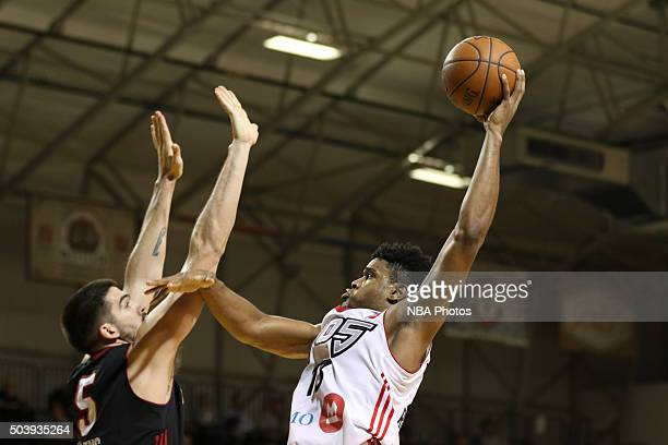 CRUZ CA JANUARY 7 Ronaldo Roberts of the Raptors shoots over a Sioux Falls Skyforce defender during an NBA DLeague game on JANUARY 7 2016 in SANTA...