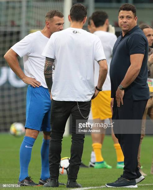 Ronaldo speaks with Andriy Shevchenko and Marco Borriello prior to Andrea Pirlo Farewell Match at Stadio Giuseppe Meazza on May 21 2018 in Milan Italy