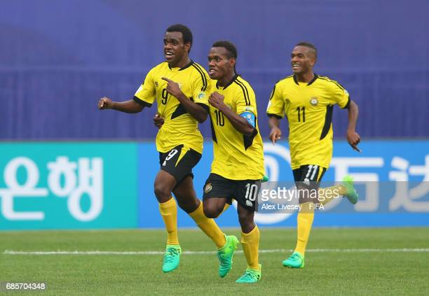 Ronaldo Wilkins of Vanuatu celebrates with Bong Kalo after scoring their second goal during the FIFA U20 World Cup Korea Republic 2017 group B match...