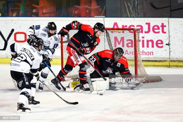 Ronan Quenemer and Patrick McEachen of Bordeaux during the Magnus League Playoff match between Bordeaux and Gap on February 28 2018 in Bordeaux France