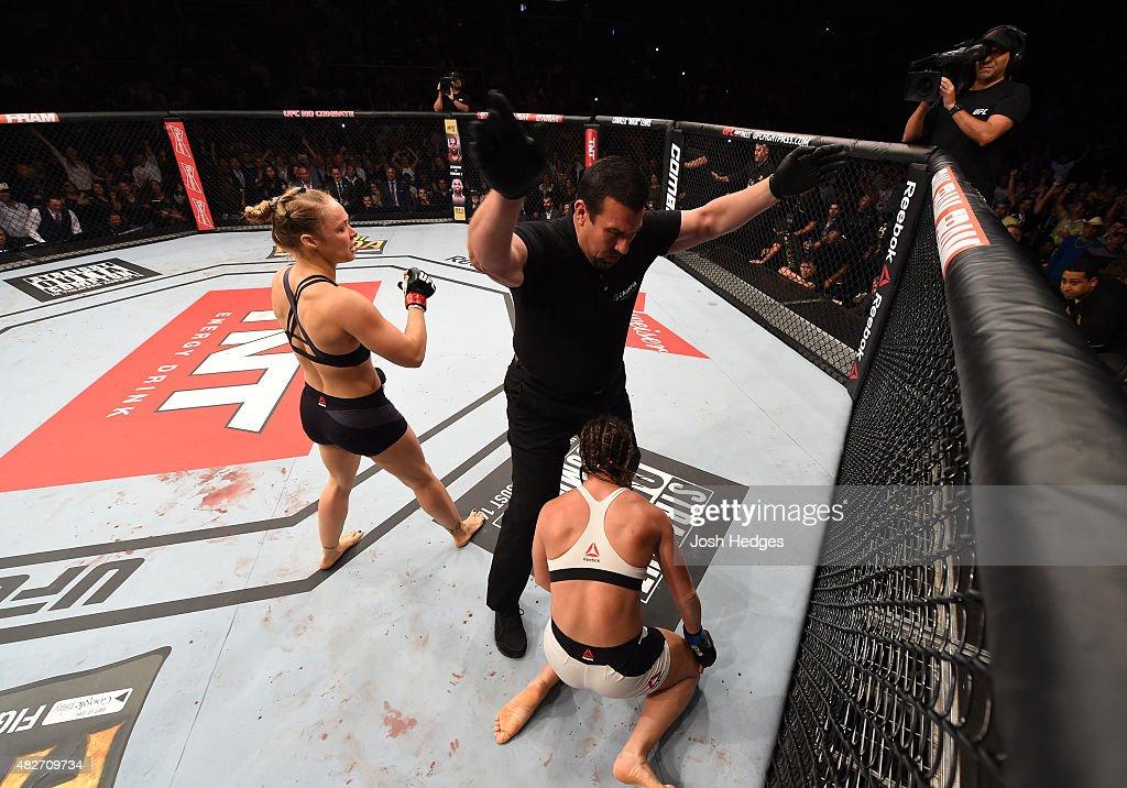 UFC 190: Rousey v Correia : News Photo