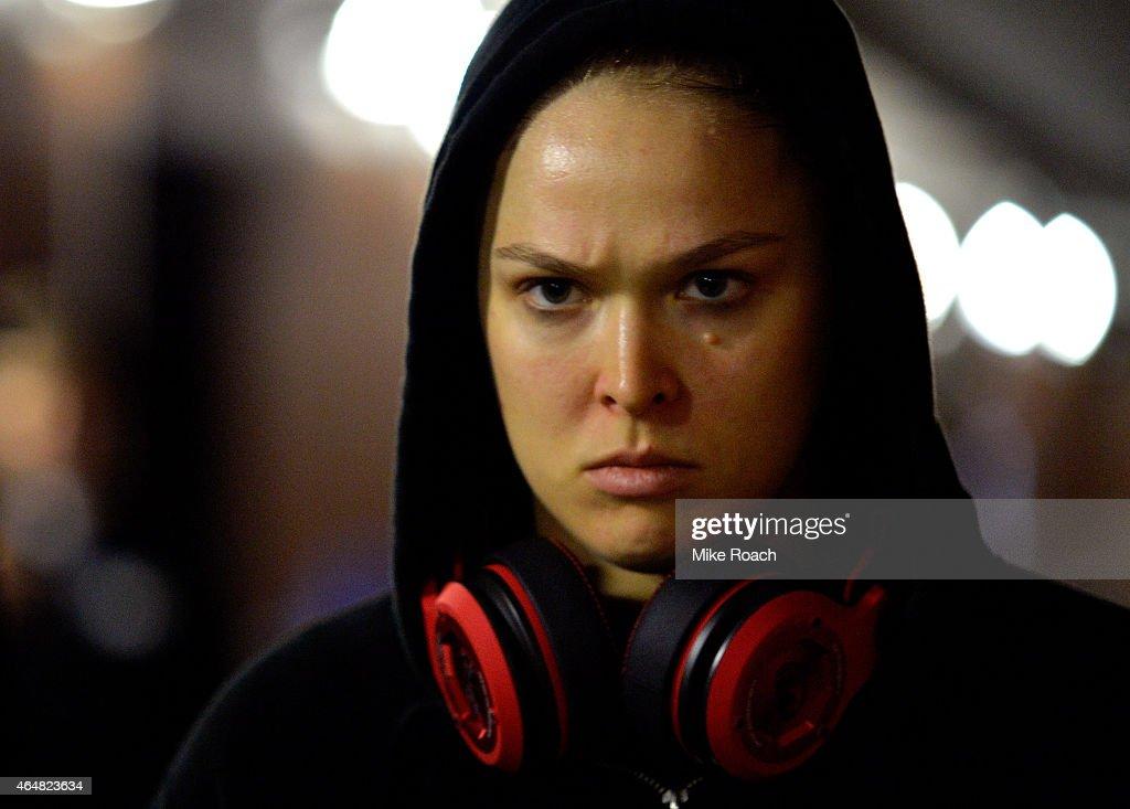 UFC 184: Rousey v Zingano : News Photo