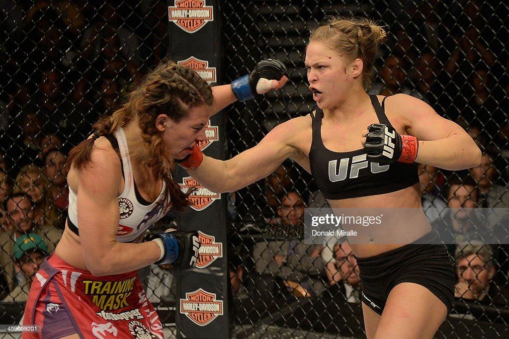 UFC 168: Rousey v Tate 2 : News Photo