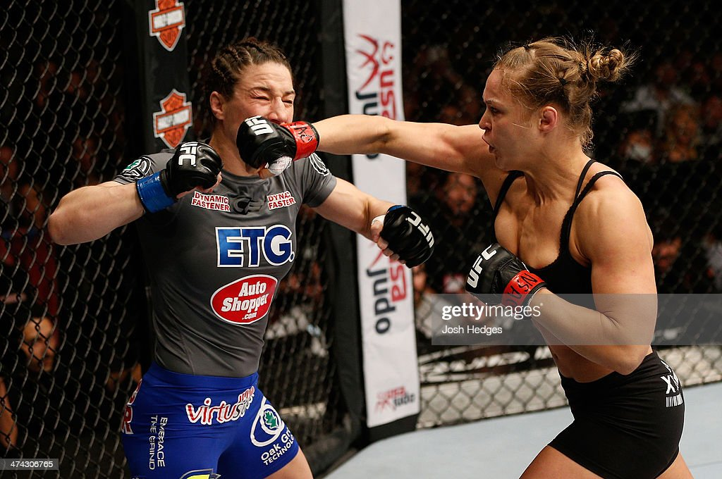 UFC 170: Rousey v McMann : News Photo