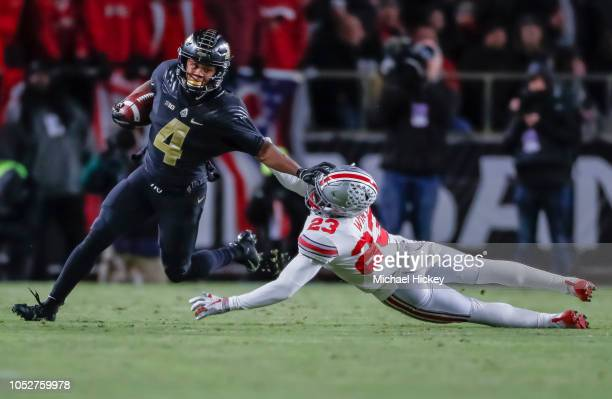 Rondale Moore of the Purdue Boilermakers runs the ball during the game against the Ohio State Buckeyes at RossAde Stadium on October 20 2018 in West...