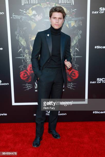 Ronen Rubinstein attends the premiere of Columbia Pictures' Sicario Day Of The Soldado at Regency Village Theatre on June 26 2018 in Westwood...