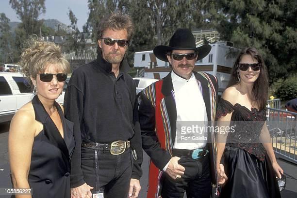 Ronnie Dunn and wife Janine Dunn and Kix Brooks and wife Barbara Brooks