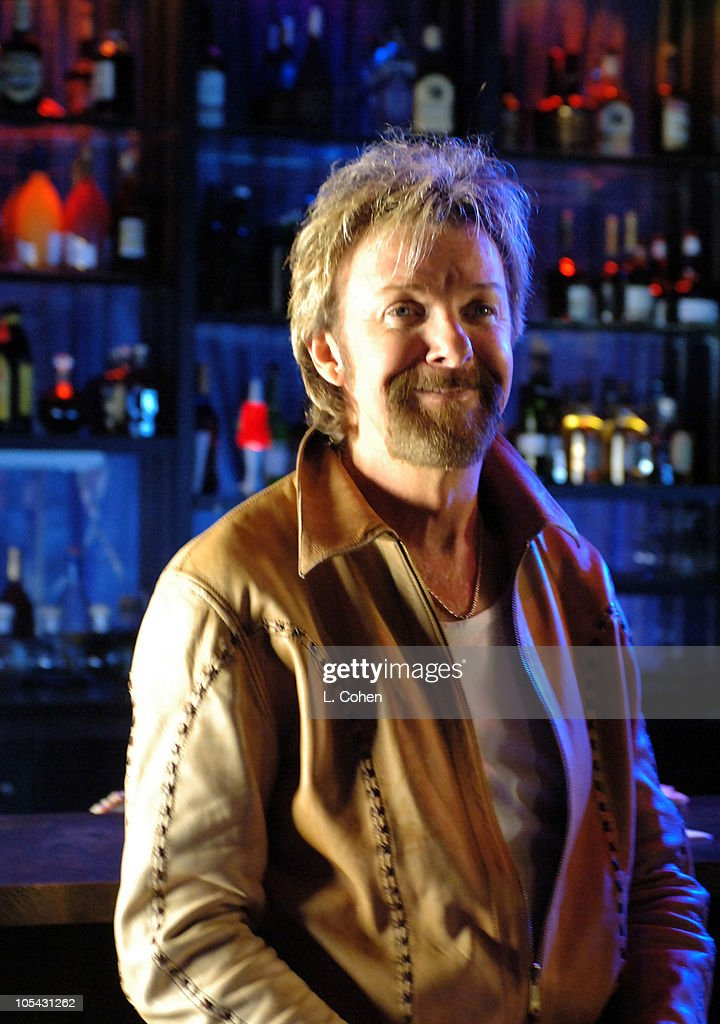 """Brooks & Dunn on Location for """"Play Something Country"""" Video - May 19, 2005"""
