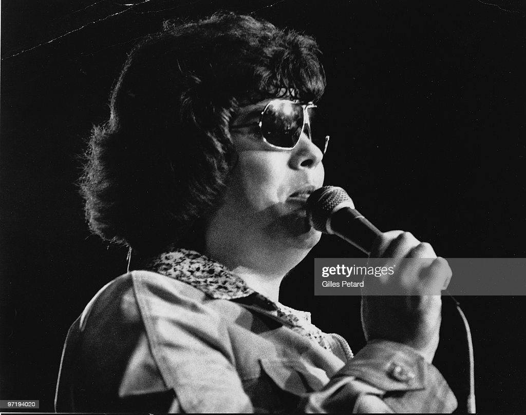 Ronnie Milsap performs on stage in 1977 in the United States.