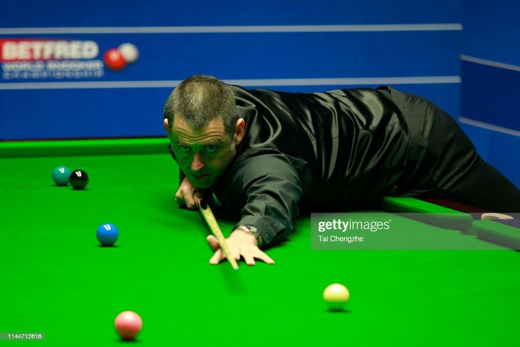 2019 Betfred World Snooker Championship - Day 4 : News Photo