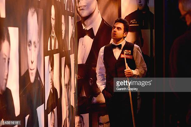 Ronnie O'Sullivan waits backstage before his second round match against Mark Williams during The Betfredcom World Snooker Championship at Crucible...