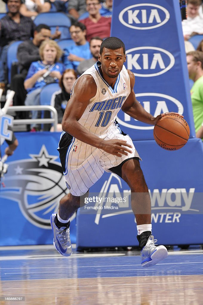 Ronnie Price #10 of the Orlando Magic dribbles up the court against the New Orleans Pelicans the game on October 25, 2013 at Amway Center in Orlando, Florida.