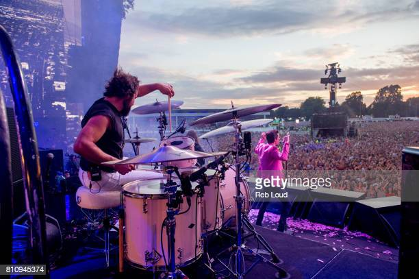Ronnie Vannucci and Brandon Flowers of The Killers performs on Day 5 of Barclaycard presents British Summer Time in Hyde Park on July 8 2017 in...