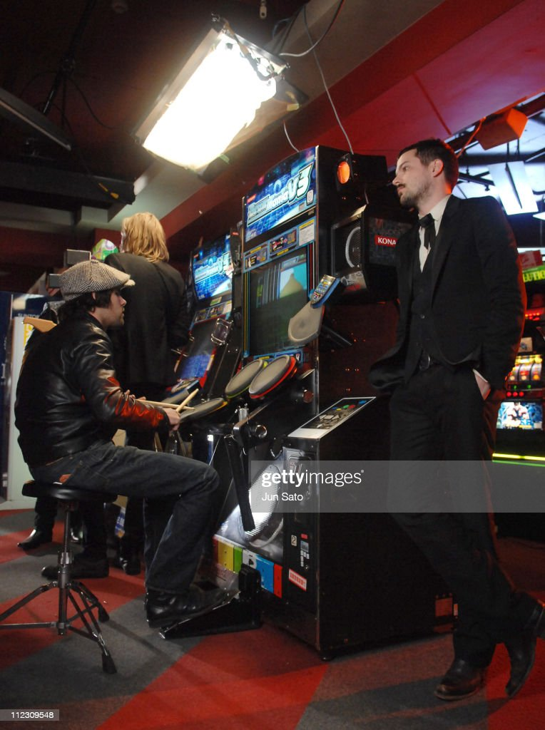 Ronnie Vannucci Jr. and Brandon Flowers of The Killers