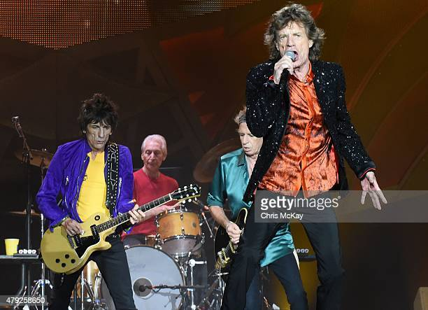 Ronnie Wood Charlie Watts Keith Richards and Mick Jagger of The Rolling Stones perform at Carter Finley Stadium on July 1 2015 in Raleigh North...