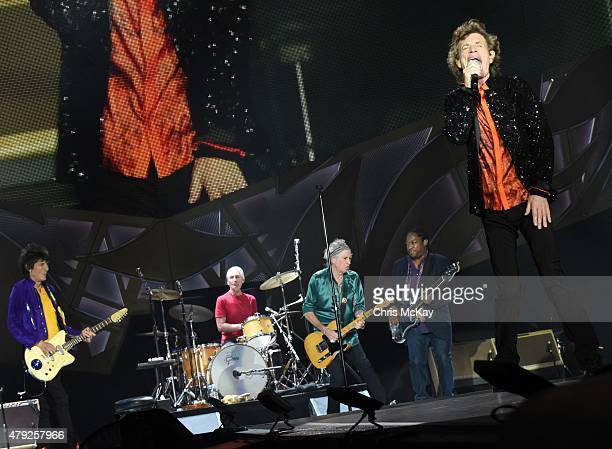 Ronnie Wood Charlie Watts Keith Richards Darryl Jones and Mick Jagger of The Rolling Stones perform at Carter Finley Stadium on July 1 2015 in...