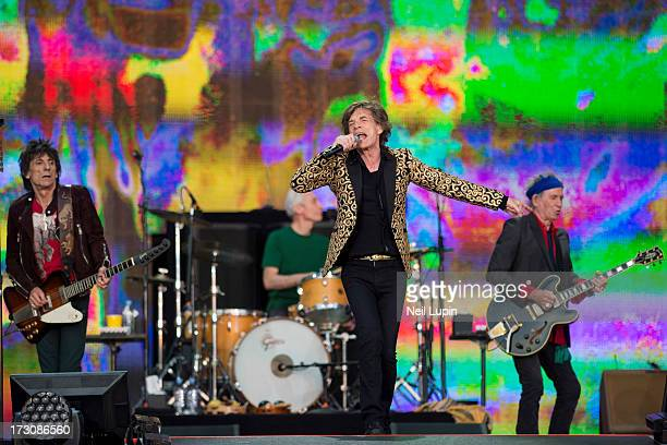 Ronnie Wood Charlie Watts Mick Jagger and Keith Richards of The Rolling Stones perform at day 2 of British Summer Time Hyde Park presented by...