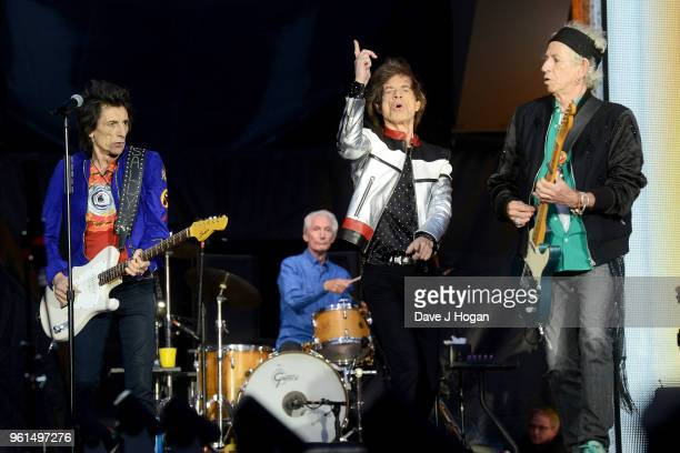 Ronnie Wood Charlie Watts Mick Jagger and Keith Richards of The Rolling Stones perform live on stage during the 'No Filter' tour at London Stadium on...